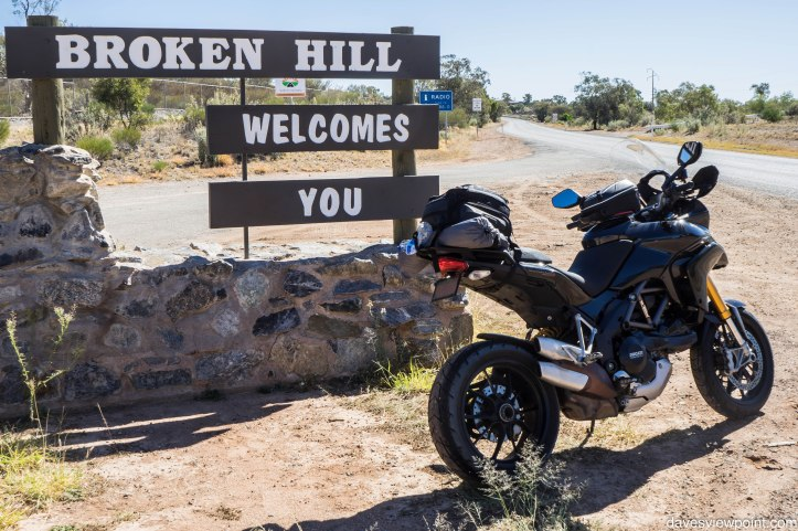 Outback NSW trip and Sydney Moto Group Meets 462