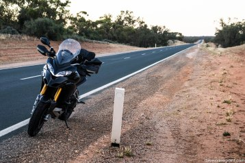 Outback NSW trip and Sydney Moto Group Meets 495